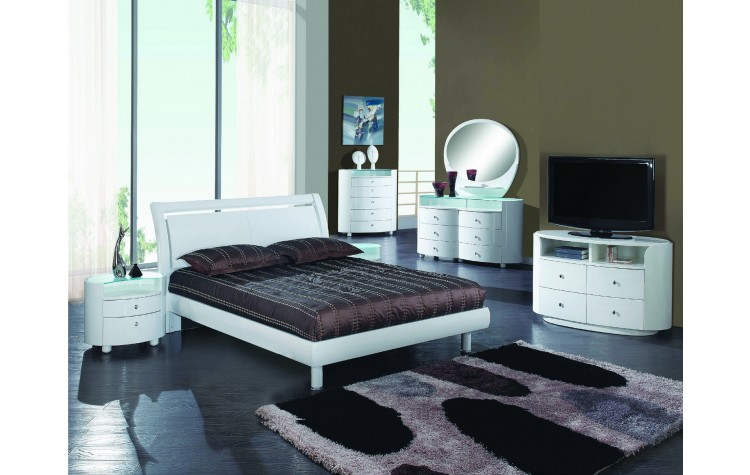 Cosmo - White 4PC Bedrom Set