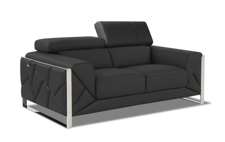 903 - Dark Gray Loveseat