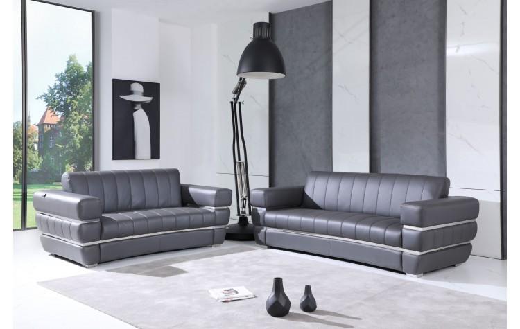 904 - Dark Gray Italian Leather Sofa Love