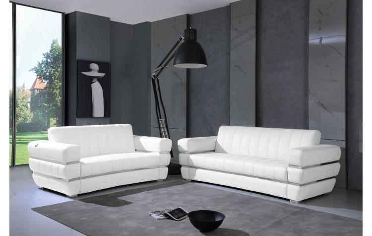 904 - White Italian Leather Sofa Love