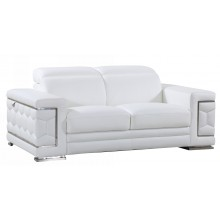 692 - White Loveseat