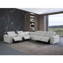 9762 - Light Gray 4-Power Reclining 7PC Sectional w/ 1-Console