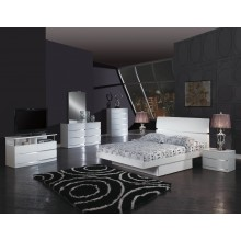 Wynn - White 4PC Bedroom Set